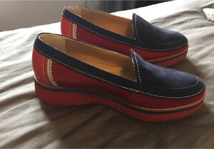 Souliers Hush Puppies