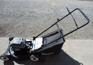 POULAN QUATRO REAR BAG LAWNMOWER