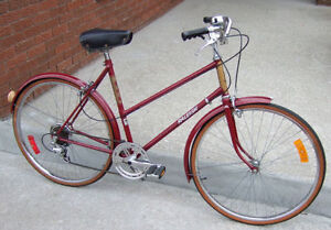 Maroon and Gold Raleigh Lenton 5-Speed Cruiser (Step-Through)