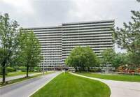 CONDO in Thornhill FOR SALE