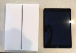 64GB Apple Ipad Air 2 (Amazing Condition)