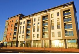 Stunning 2 bed flat with views over the Forth.