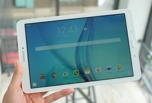 Samsung Galaxy Tab E, 9.6 inches 16 Gb in excellent condition.