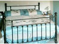 Stunning bedding and curtains set king size