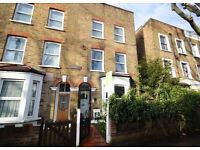 3 bedroom house in Chadwick Road, Peckham, SE15