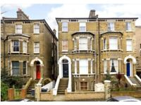 1 bedroom flat to rent in Clapham (SW4). 3min walk to High St and tube. Available 26th March.