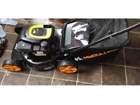 Mcculloch M46-110R Self Propelled Petrol Lawnmower £199