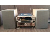 Hitachi AX-M81 Hi Fi system with remote control