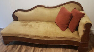 Antique Victorian rosewood fainting couch