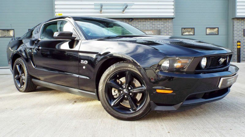 2010 ford mustang 5 0 v8 gt premium muscle car ebony black stand out example in. Black Bedroom Furniture Sets. Home Design Ideas
