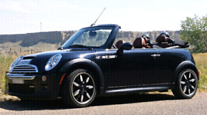 Mini Cooper S Convertible Sidewalk