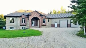 Immaculate Bungalow on 4 acres, 20 mins west of Grande Prairie
