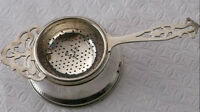 VINTAGE SILVER PLATED TEA STRAINER WITH BASE - ENGLAND