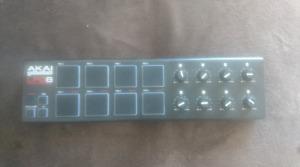 AKAI professional LPD8 MPC MIDI controller