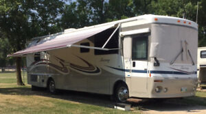 2003 Winnebago Journey 36' Diesel Motorhome