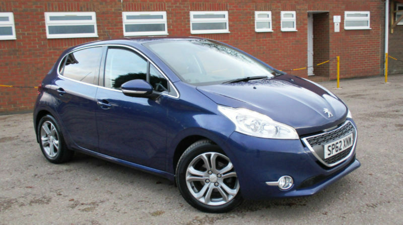 2012 62 peugeot 208 allure 5 door manual diesel in coleford gloucestershire gumtree. Black Bedroom Furniture Sets. Home Design Ideas