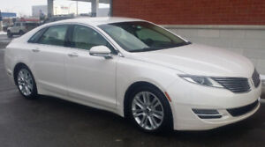 2014 Lincoln MKz - 53,000K - 6.5 L/100kms - 43 mpg