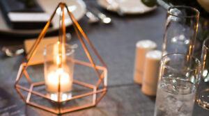 Umbra wedding table decor - Geoforms