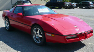 1990 Chevrolet Corvette Coupe (2 door)