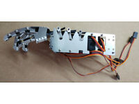 5 DOF humanoid Robotic Hands, L+R with servo tester