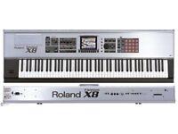 Keyboard - Roland Fanton X8 Workstation - near mint condition Creative Keyboard!