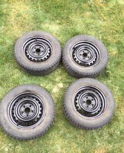 4 pneus d'hiver General Tire Champiro 195/55/R15