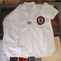 Gi / Kimono / Dobok / Belts (différentes tailles/various sizes)