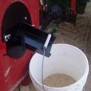 Bolt-on Auger Grain Sampler