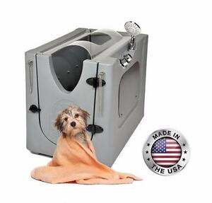 Pet Wash Enclosure with Removable Shelf