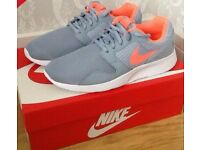 NEW Ladies Womens Nike Kaishi Trainers Sneakers Size 5 Blue Grey Bright Mango White