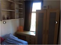 Amazing Single Room in a quiete house - NW2 NW6 Cricklewood Willesden Green Kilburn Northwest London
