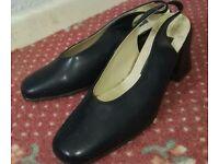 Shoes blue size 6