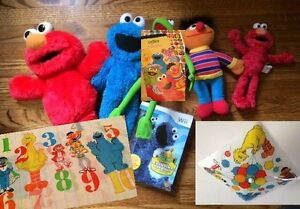 SESAME ST: Stickers, Pillowcase, Plushes, Light Cover & Wii Game