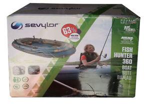 Fish Hunter™ 360 6-Person Fishing Boat with Berkley® Rod Holder