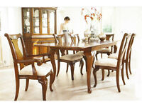 Hamilton Extending Dinning Table - with 4 chairs plus 2 carver chairs - Excellent condition.