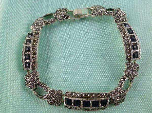 Lovely Silver Tone Marcasite Bracelet Tennis Style w/ Black Stones Gorgeous!