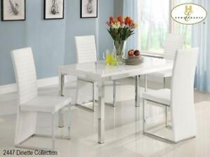 DINING TABLE SET AT LOW PRICE (ID-237)