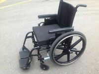 "17""Wx17""Dx17""H BREEZY 600 WHEELCHAIR, GREAT CONDITION."