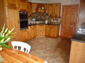 Modern Oak Kitchen & Utility including Appliances for Sale ***