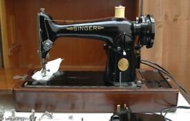 Singer 201 heavy duty sewing machine in its own case