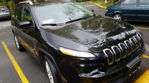 2015 Jeep Cherokee for Sale! LOW KMS, BACKUP CAMERA AND MORE!