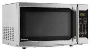 Danby 0.7 cu. Feet Microwave DMW07A2SSDD
