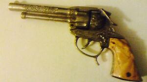 """Toy gun """"wild bill Hickok """""""