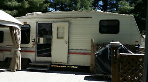 ROULOTTE WILDERNESS FIFTH WHEEL