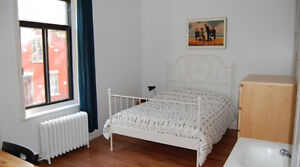 Room for rent 100m from Berri UQAM all inclusive