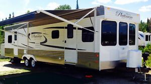 2016 MONTE CARLO PLATINUM 36FT. 2SLDS. S/C !MANY XTRAS! MUST SEE