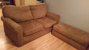 Couch (pullout) and Ottoman