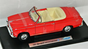 Welly 1/18 1957 Peugeot 403 Cabriolet Diecast Car