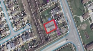 Vacant residential building lot in central Windsor, ON location