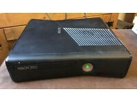 Xbox 360 250gb , 2 controllers, 12 games